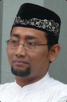 Habiburrahman El Shirazy / Kang Abik