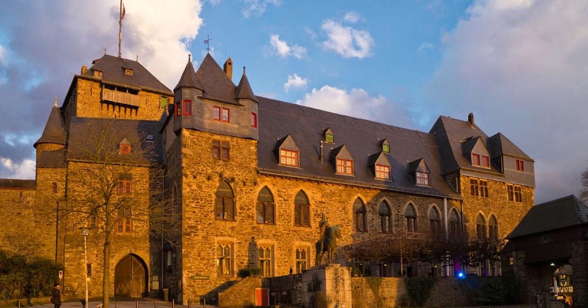 Beste Spielothek in Burg am Wupper finden