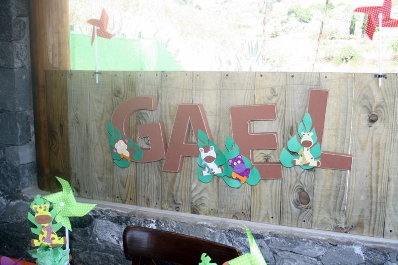 decorar letras con goma eva