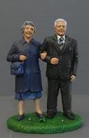 statuine nonno e nonna idee regalo simpatiche personalizzate genitori orme magiche
