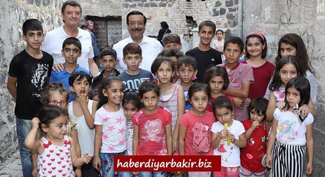Cumali Atilla'dan Diyarbakır Sur'a ziyaret