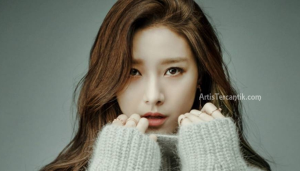 Model Korea Selatan Tercantik Kim so eun