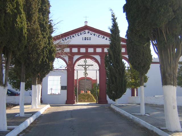Resultado de imagen de cementerio de fernán núñez