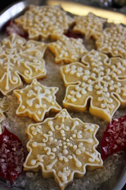Lemon Snowflake Cookies America S Test Kitchen