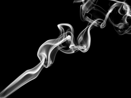 http://4.bp.blogspot.com/-H8KjKcdDw04/UA_b8dSR38I/AAAAAAAAA80/h1lQjT5_Q60/s1600/cigarette+smoke.jpg