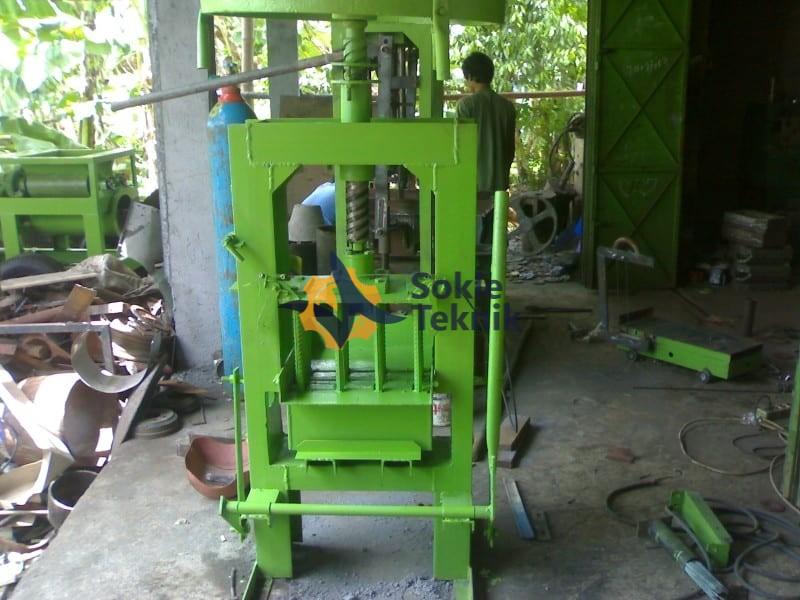 Mesin Press Batako Cetak Block