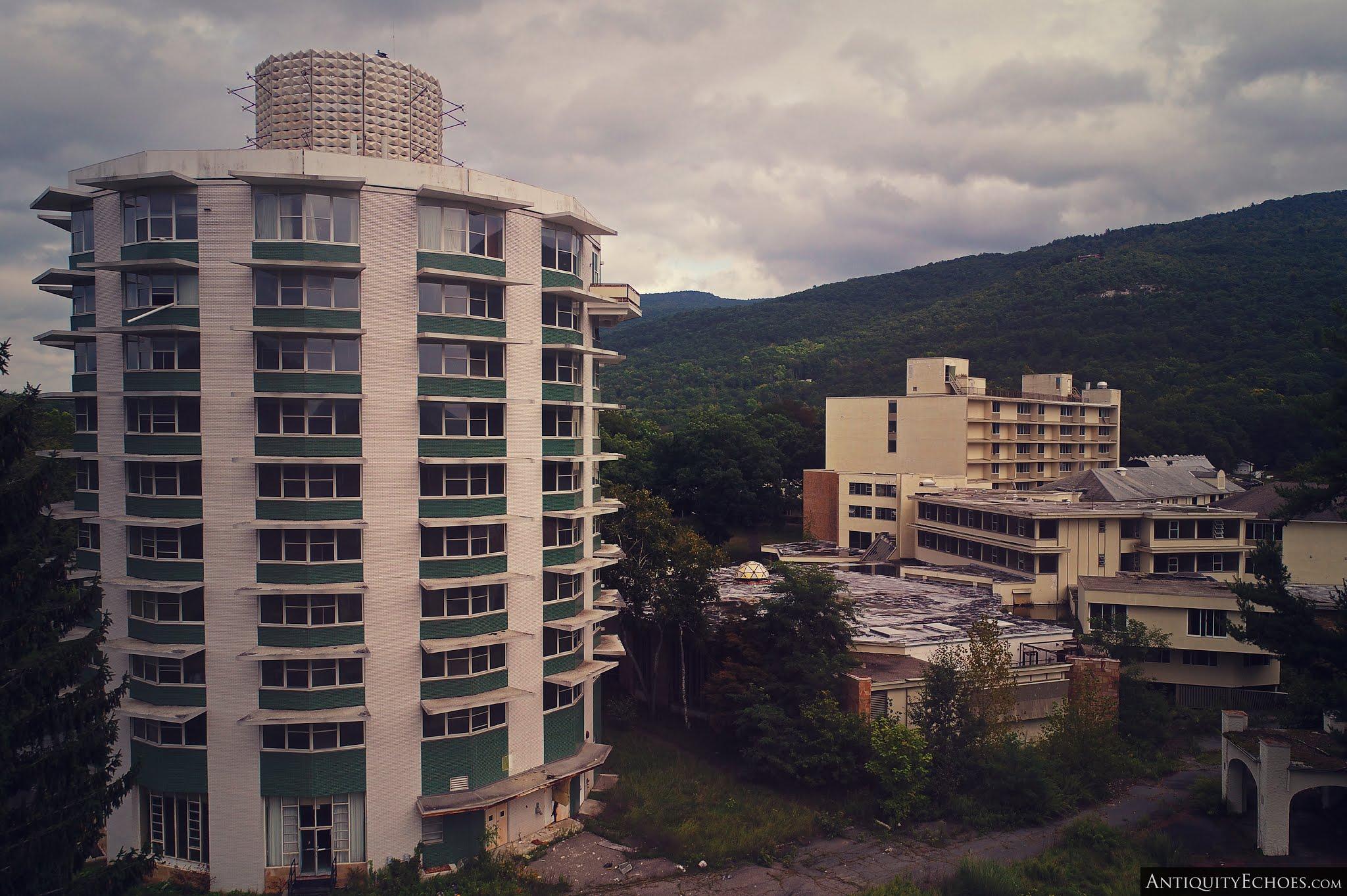Nevele Grande - Tower and Resort Beyond