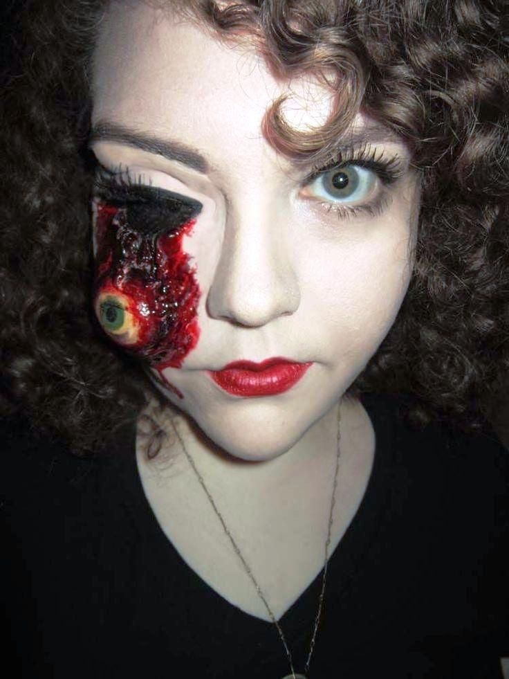 Happy Halloween Day: 14 Bloody Halloween Makeup Ideas