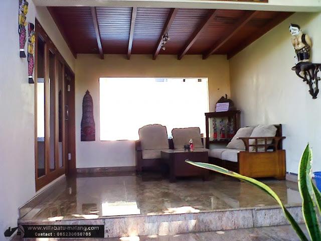 Sewa Villa Kolam Renang di Batu Malang