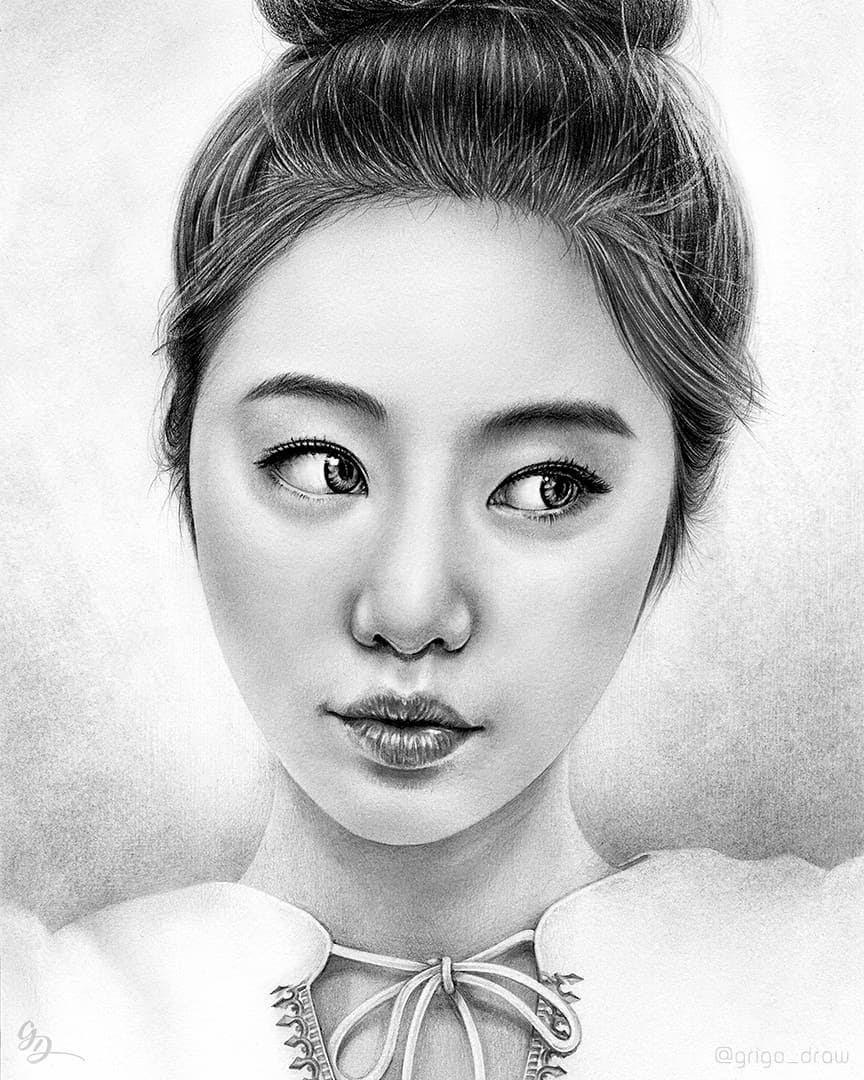 07-Grigo-Draw-Black-and-White-Realistic-Pencil-Portrait-Drawings-www-designstack-co