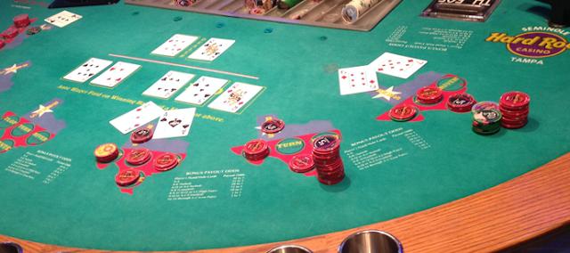 Situs Poker Terpercaya Motorqq.online Ada Versi Mobile-nya Loh!
