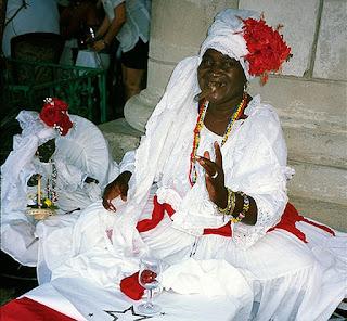 consultas de Tarot y Videncia, Mari santera Vidente Natural, tarot barato y económico, Tarot del Amor, tarot económico visa, La santería cubana en tarot económico por visa.