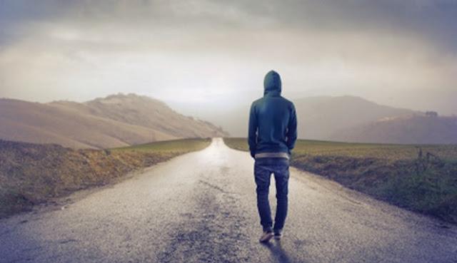 Selalu Merasa Kesepian ? 7 Hal Baik yang harus diingat Saat Kita Sendirian