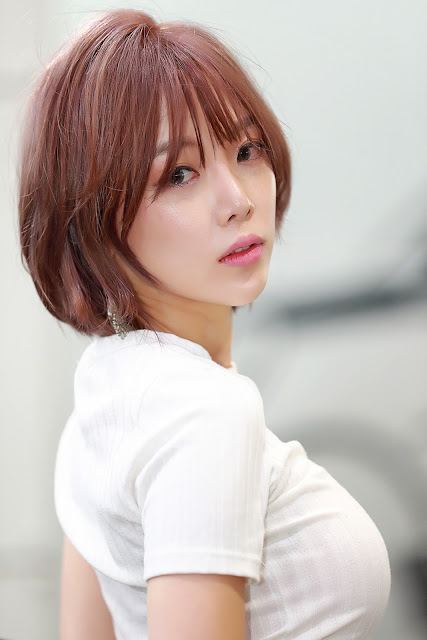 5 Shim Min Hee - Seoul Auto Salon - very cute asian girl-girlcute4u.blogspot.com
