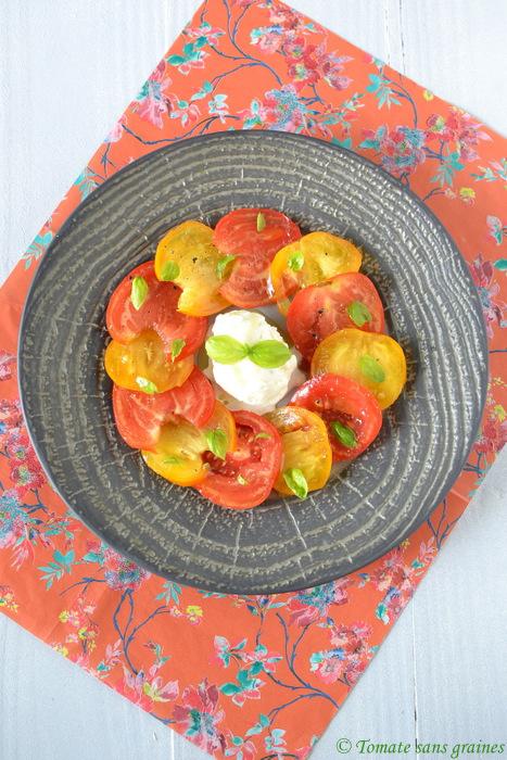 Carpaccio de tomates et sa glace mozzarella-basilic
