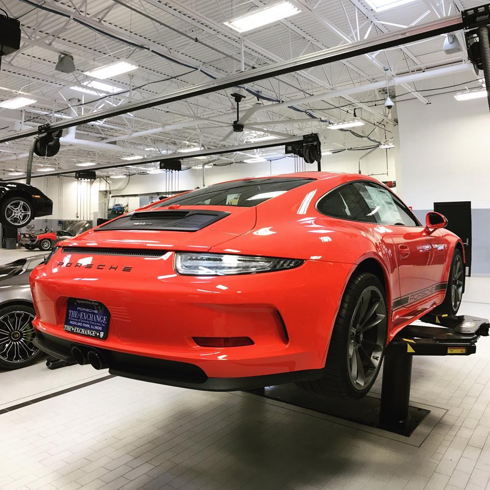 Porsche 911 Gts Engine: Stripeless Lava Orange Porsche 911 R Looks Too Much Like