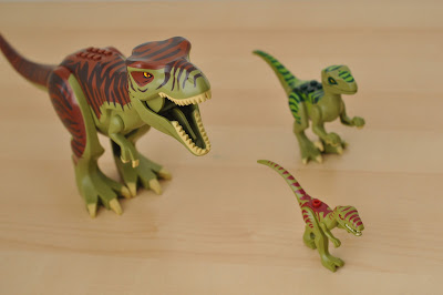 Lego Dinosaur Dig challenge from www.jengallacher.com. #summeractivity #lego #playtime