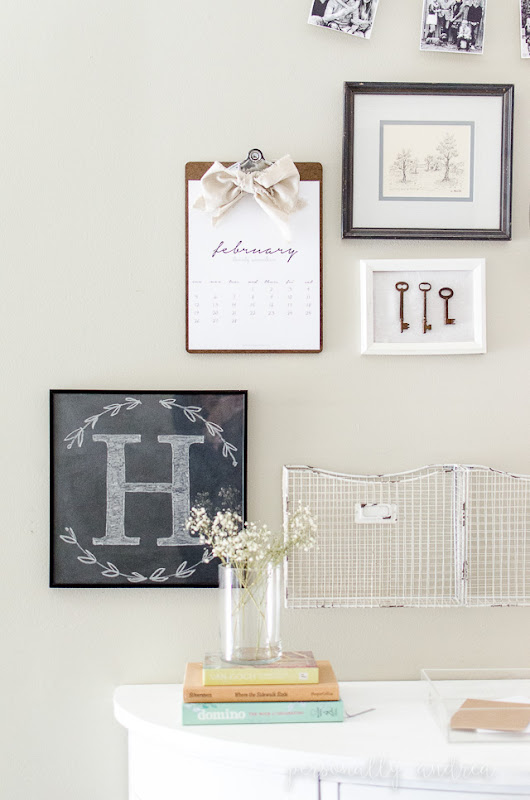 How to Make a Chalkboard and a Chalk Monogram