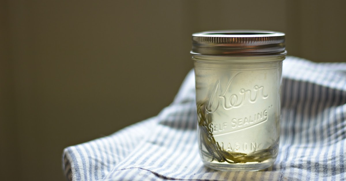 Bakeaholic Mama: How to Make Herb Infused Simple Syrup