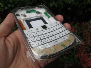 Casing Blackberry Dakota 9900 Fullset Plus Keypad Murah