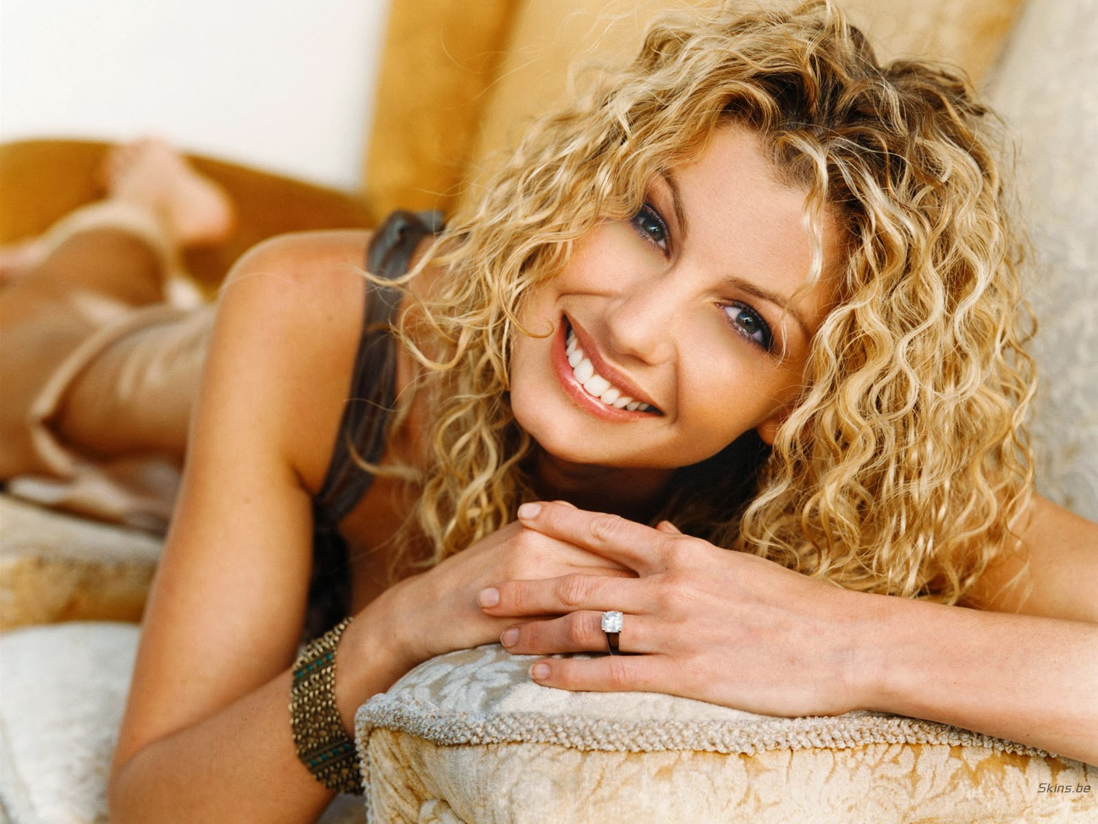 Country music singer faith hill nude all
