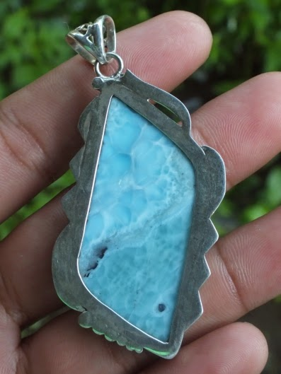 High quality larimar