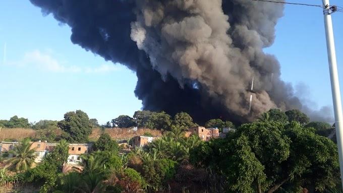 PESADELO: Incêndio em fábrica de colchões em Salvador