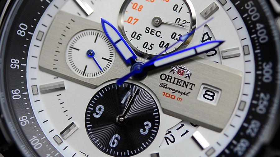 Hình ảnh 1 chiếc đồng hồ nội địa Nhật Bản của Orient