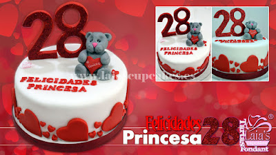 Tarta personalizada fondant impresión comestible felicidades princesa 28 años Laia's Cupcakes Puerto Sagunto