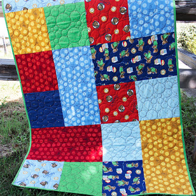 http://www.fatquartershop.com/button-quilt-kit