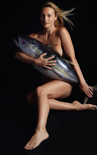 leila-george-nude-fish