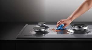 طريقة تنظيف افران الغاز