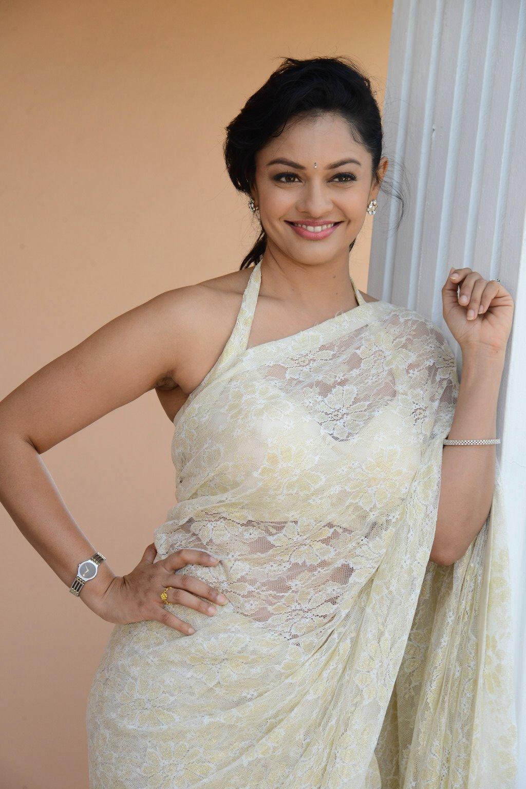 Pooja Kumar Garuda Vega Promotion Stills - Latest Movie Updates, Movie Promotions, Branding -2152