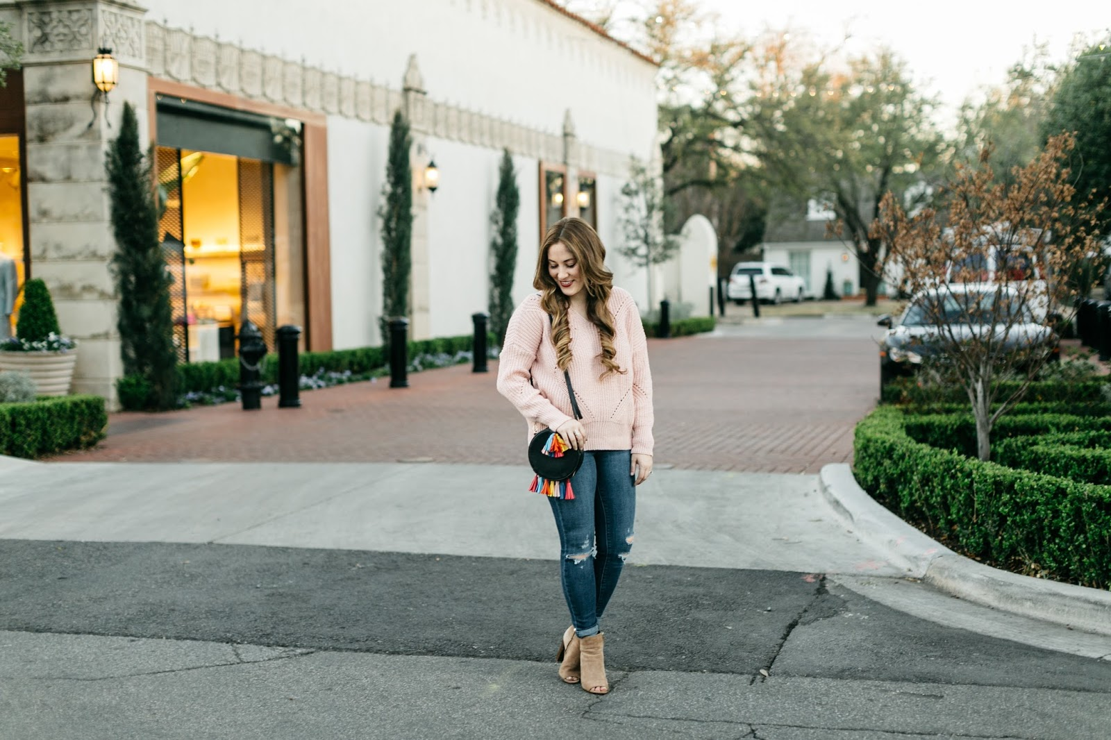 The Perfect Budget Friendly Lightweight Sweater to Transition from Winter to Spring by Walking in Memphis in High Heels