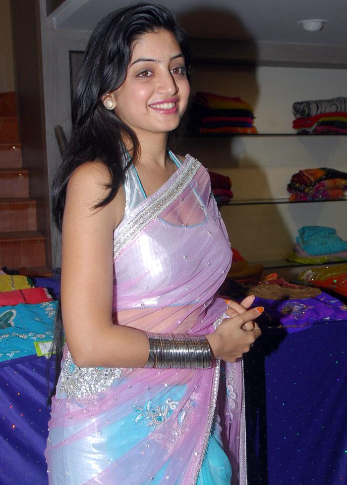 Kajal Agarwal Cute Wallpapers South Indian Actress In Half Saree Kajal Agarwal In Saree