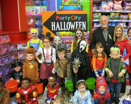 so halloween party city is making sure all kids are included in the fun by partnering with the nonprofit candlelighters nyc and donating costumes to kids - Halloween Party City