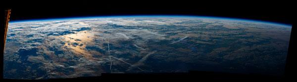 صور مذهلة لم تراها من قبل :  كوكب الارض من الفضاء !