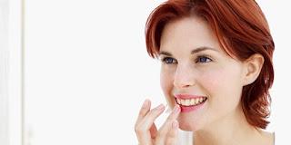 Tiga Penyebab Bibir Anda Mudah Pecah Dan kering