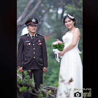 Jasa fotografer prewedding bandung, jasa foto prewedding bandung, fotografer prewedding Bandung