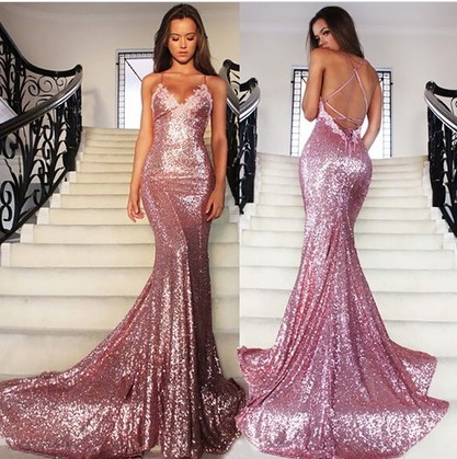 http://uk.millybridal.org/product/v-neck-sequined-court-train-appliques-lace-trumpet-mermaid-backless-prom-dresses-ukm020102499-17391.html?utm_source=post&utm_medium=1174&utm_campaign=blog
