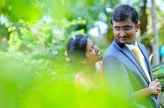 KERALA CHRISTIAN PENTECOSTAL WEDDING HIGHLIGHTS   JOBIN & LAYA