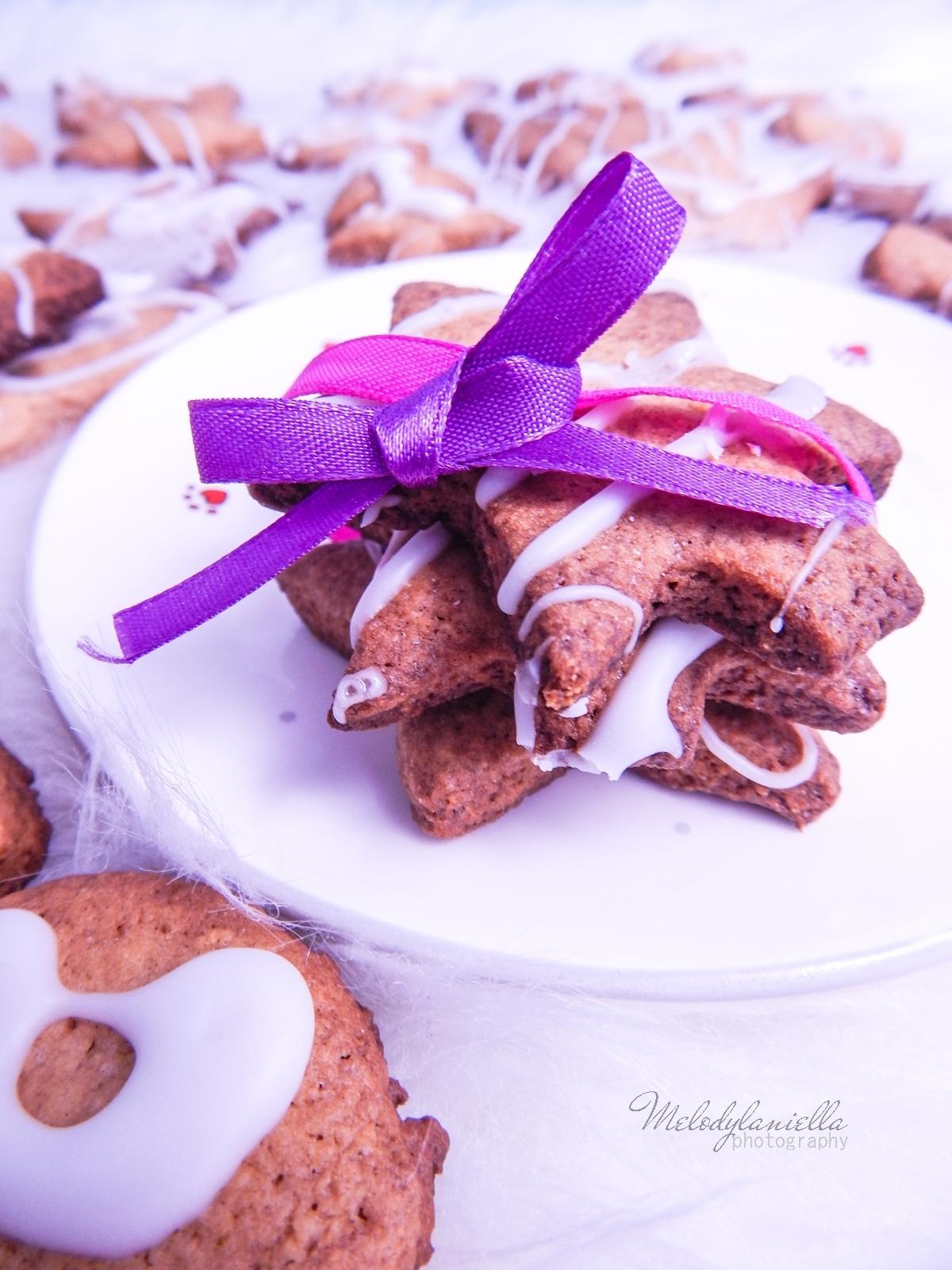 3 łatwy przepis na kruche świąteczne ciastka szybkie ciastka łatwy pzepis zdrowe fit przekąski i słodycze melodylaniella