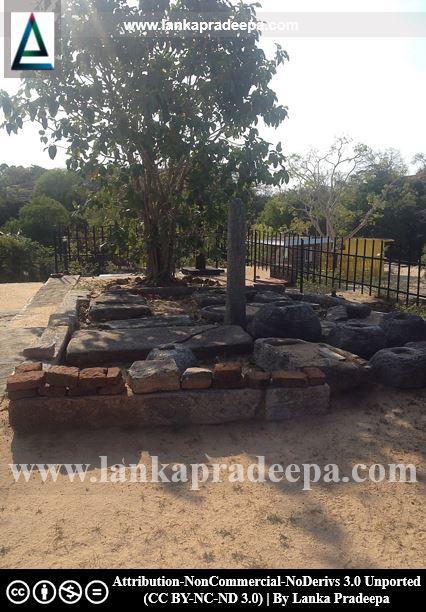 Temple ruins at Buddhangala