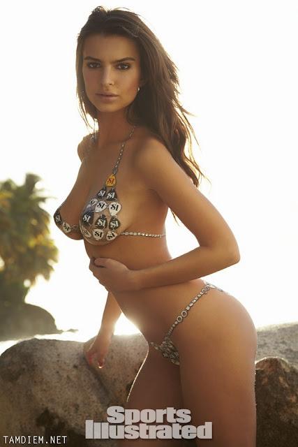 vHot girls Emily Ratajkowski nude sexy body painting 9