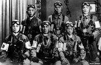 Pilotos kamikazes preparados