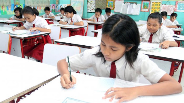 Rencana Penghapusan PR Sekolah Mulai Berlaku Semester Depan