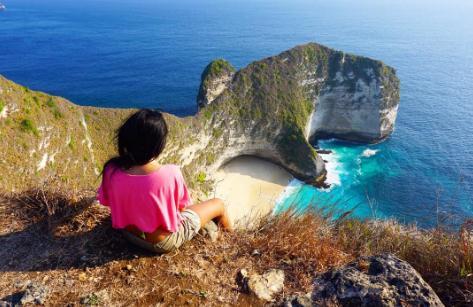 Tempat wisata pantai kelingking di nusa penida