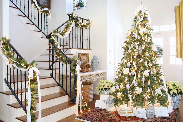 welcome to our deck the halls christmas home tour hosted by my sweet friends from the blogs decor gold designs and randi garrett design - Christmas Blogs