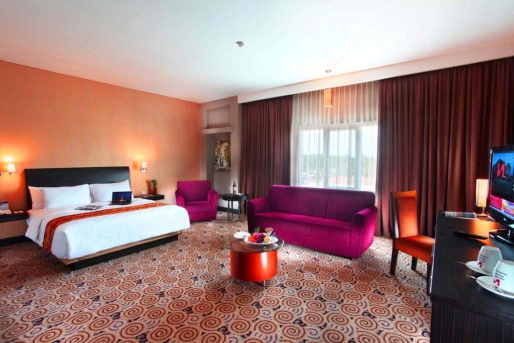 Bedroom  | Swiss-Belhotel  terbaik Kendari, Indonesia