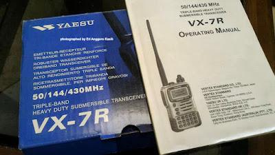 Dus dan buku manual HT Yaesu VX-7R.